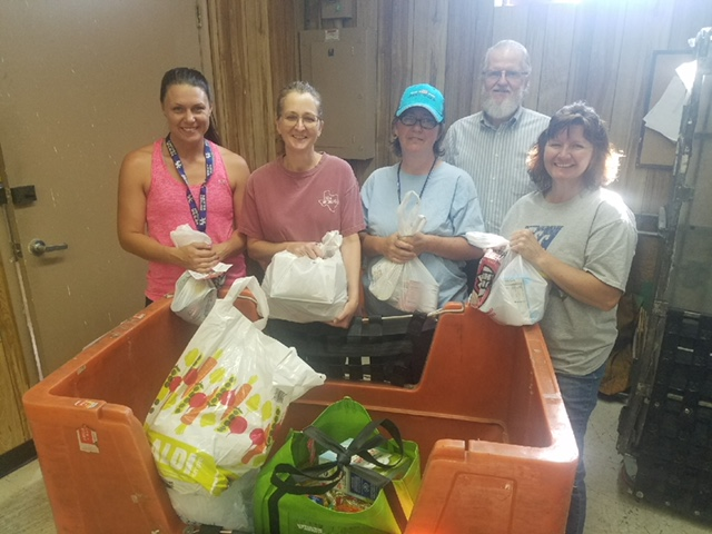PO clerks and rural carriers help the needy