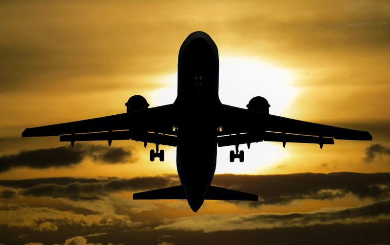 High heat keeps planes grounded